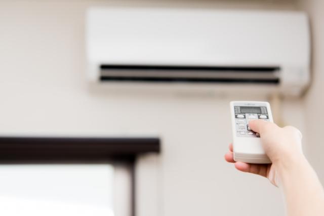夏と冬の冷暖房エアコンの最適な設定温度とは?~快適なお部屋環境で過ごすために~